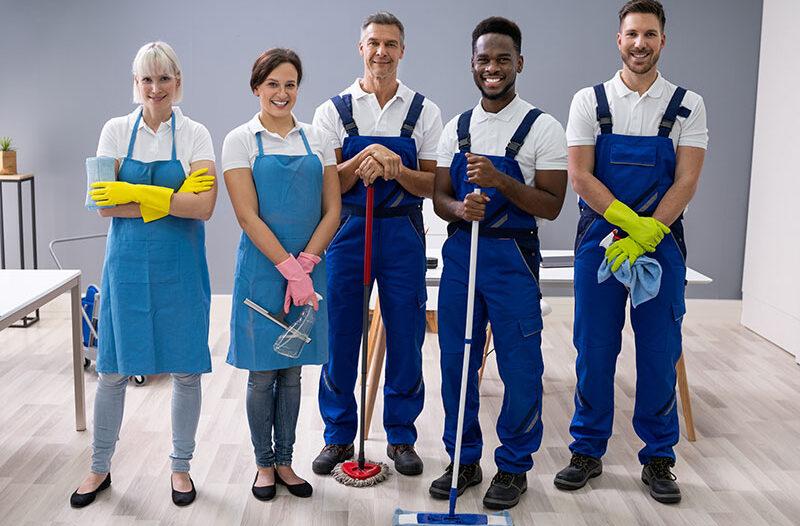 Renholdere, daglig renhold, rengjøring